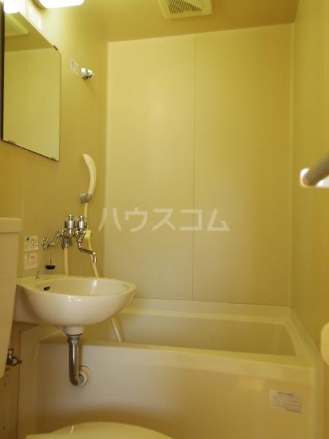アプローズ平針 1B号室の風呂