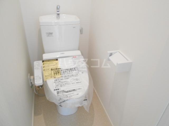 アルバーノ道徳北町 101号室のトイレ