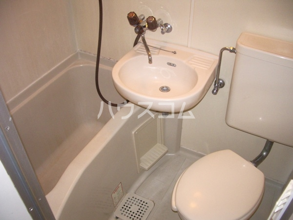 シャイン鳴尾 106号室の風呂
