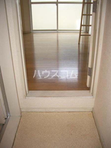 シャイン鳴尾 106号室のベッドルーム