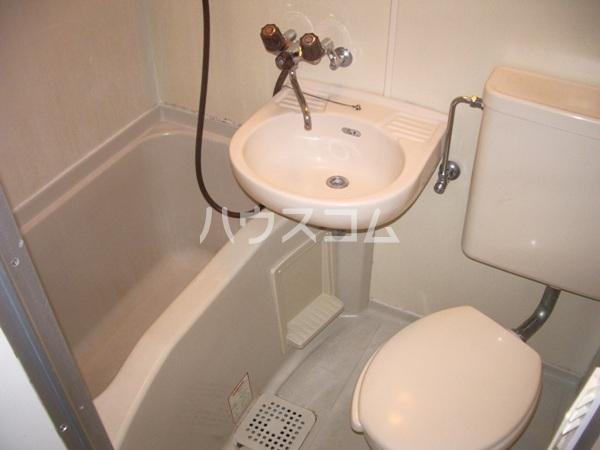 シャイン鳴尾 107号室のキッチン