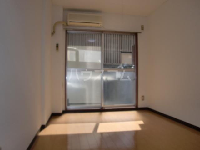 インセゾン弐番館 00107号室のベッドルーム