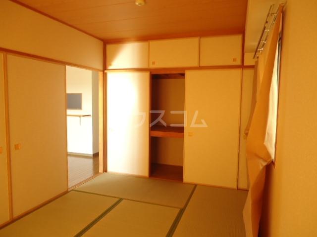 ベルテ相川 303号室のベッドルーム