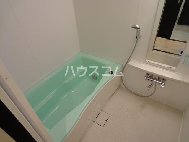 SINCERE MEIJI 303号室の風呂
