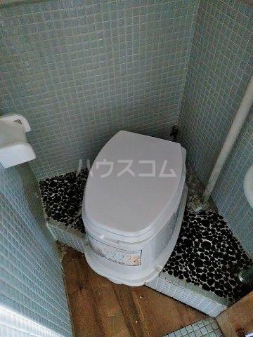 つがね荘 2-F号室のトイレ