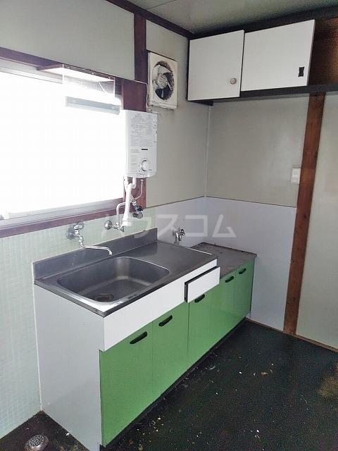 つがね荘 2-F号室のキッチン