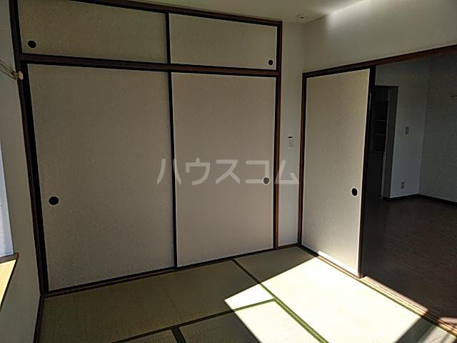 グレースハイツ松丸 402号室のベッドルーム