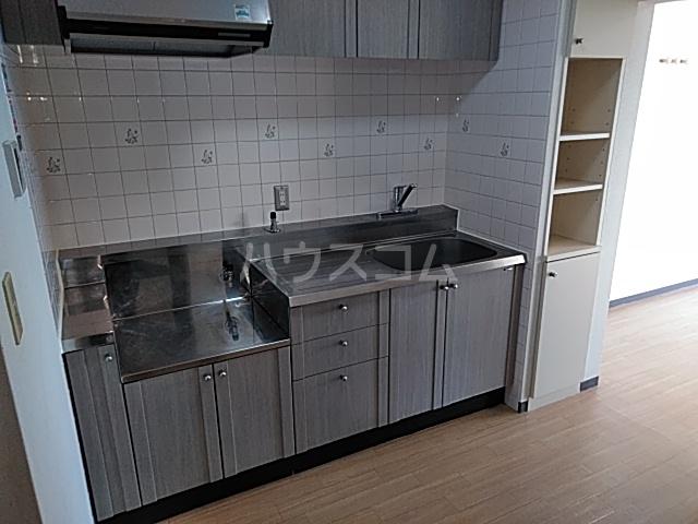 グレースハイツ松丸 402号室のキッチン