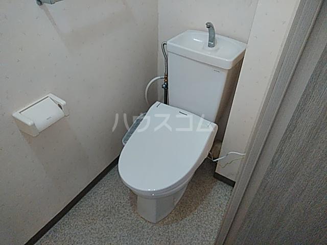 グレースハイツ松丸 402号室のトイレ