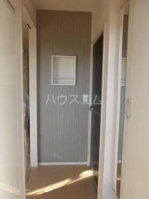 コリーヌB 00103号室の収納