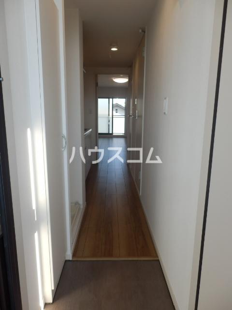 ルウナ 102号室の玄関