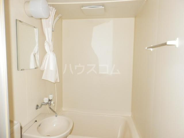 メイプル羽根北 102号室の風呂