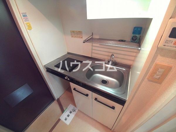 アプローズ岡崎 105号室のキッチン