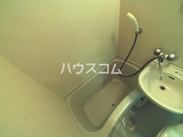 アプローズ岡崎 105号室の風呂