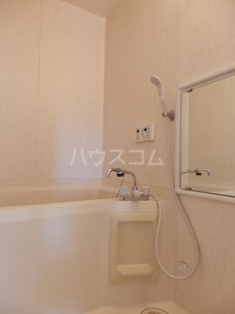 セント・ビラ92B 00201号室の風呂