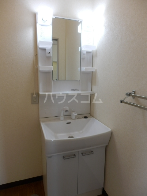 セント・ビラ92B 00201号室の洗面所