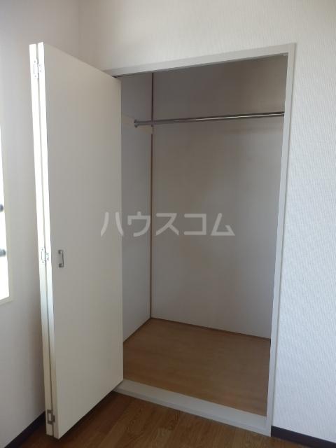 セント・ビラ92B 00201号室の収納