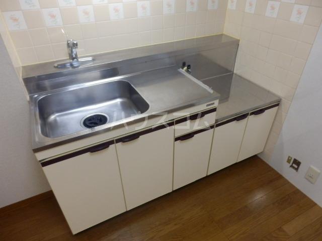 シャルマン所沢B棟 00103号室のキッチン