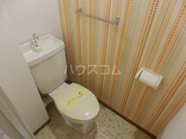 シャルマン所沢B棟 00103号室のトイレ