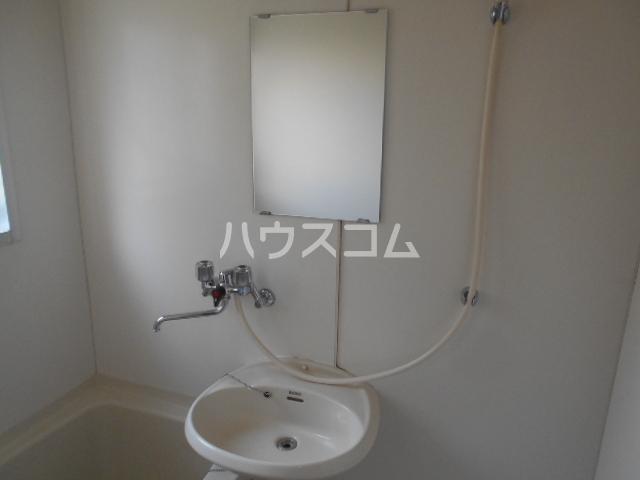 エスポワールゆとり 103号室の洗面所