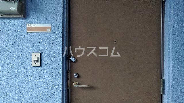 ドール大堀 402号室の玄関