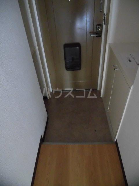 ノーブル膳棚 00204号室の玄関