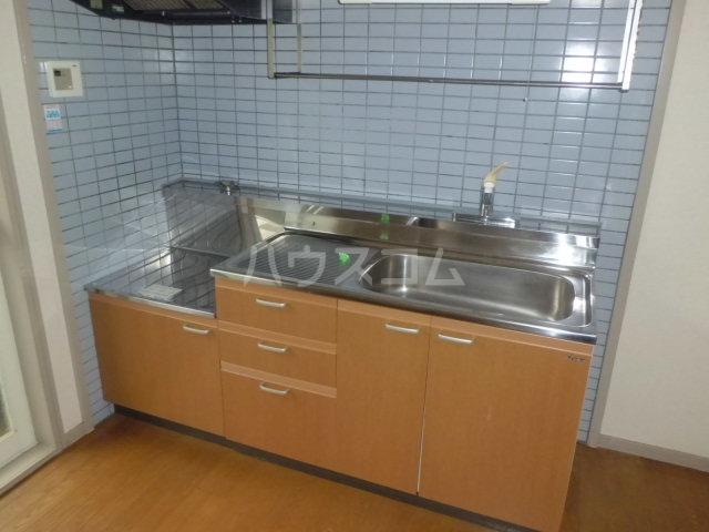 サンライフひまわり 101号室のキッチン