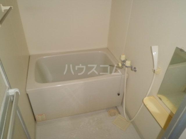 サンライフひまわり 101号室の風呂