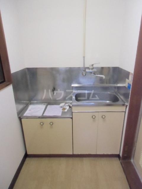 ローズノーブル 102号室のキッチン