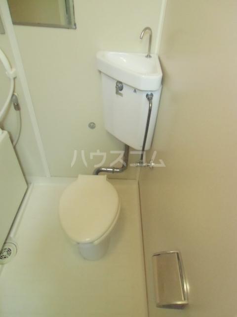 ローズノーブル 102号室のトイレ
