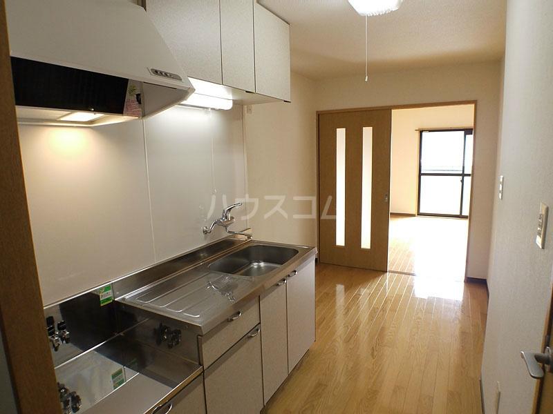 アン・ソレイエ 106号室のキッチン