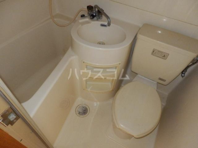 ビラ東海 30A号室の風呂