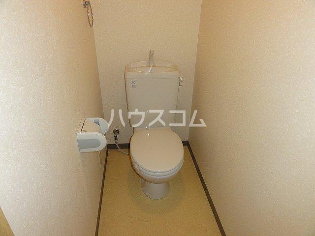 ラ・ペジブル 203号室のトイレ