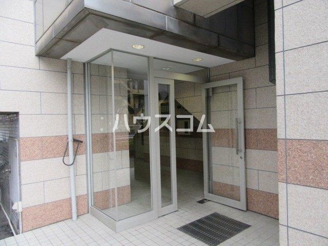グランメールKAZU 706号室のエントランス
