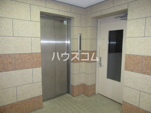 グランメールKAZU 706号室のロビー