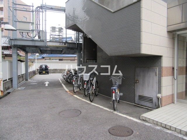 グランメールKAZU 706号室の駐車場