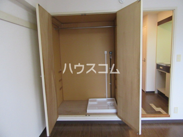 グランメールKAZU 706号室の玄関