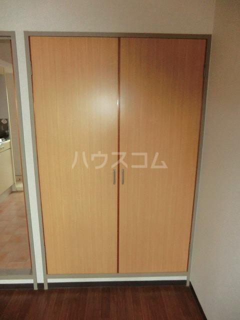 マンションヴィクトリーⅡ 303号室の収納