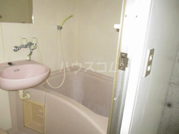 グランドビュー大池 201号室の風呂