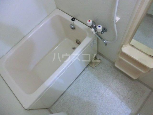 ティエスビル 00202号室の風呂