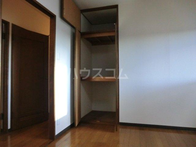 ティエスビル 00202号室の収納
