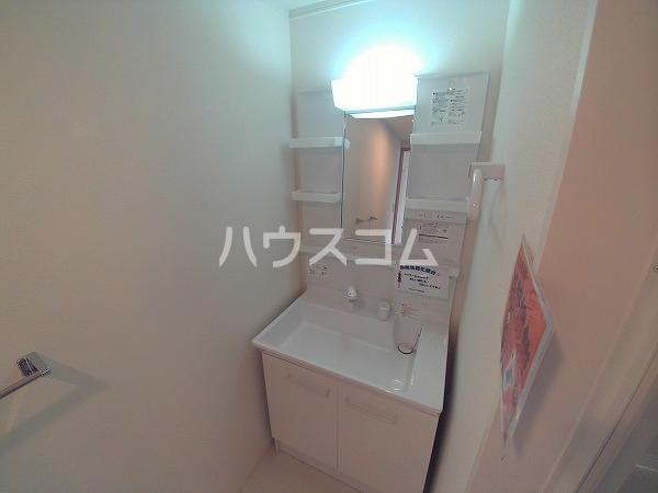 サンハイツセジュール B棟 201号室の洗面所