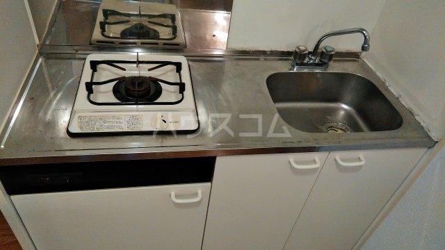 カサブランカ二村台 101号室のキッチン