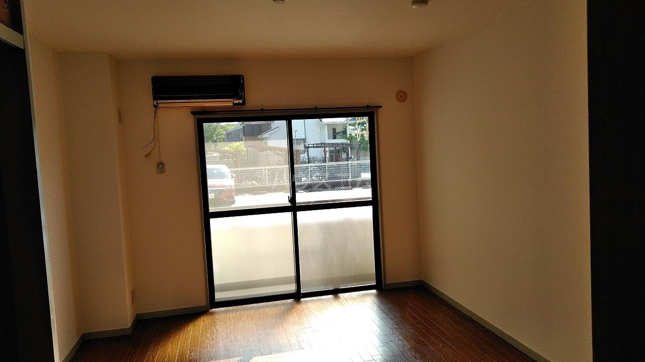 カサブランカ二村台 101号室のリビング
