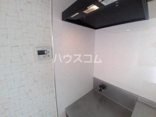 コーポ三陽B棟 203号室のキッチン