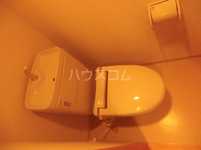 ハーヴェスト染地台 201号室のトイレ