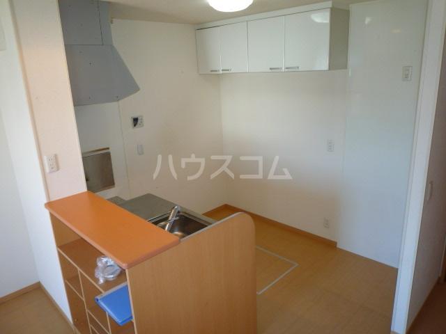 サンティール幸和 102号室のキッチン