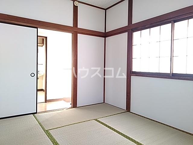 難波ハイツ 2F号室の居室