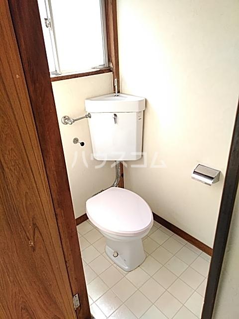 難波ハイツ 2F号室のトイレ