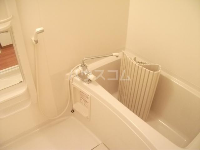 カンサレーション 303号室の風呂